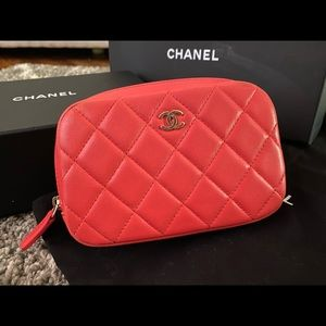 💗SALE💗Chanel coral lambskin cosmetic ocase pouch